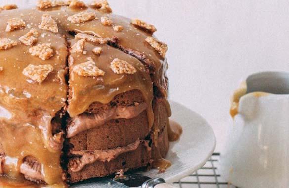 طرز تهیه کیک ارده ای با کنجد